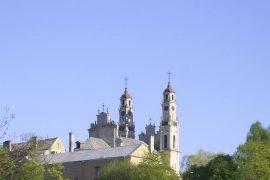 Generalinė prokuratūra kreipėsi į teismą, prašydama stabdyti statybas šalia Misionierių vienuolyno